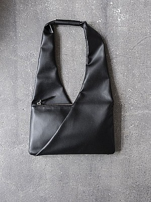 MM6Maison Margiela/ pochette BAG