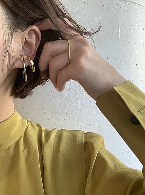 Blanc iris / volute ear cuff big(gold)